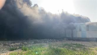 台南後壁工廠火警 濃煙衝天無人受傷受困