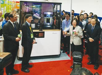 勵德智慧機器人咖啡販賣機 再度升級讓飲品更有創意