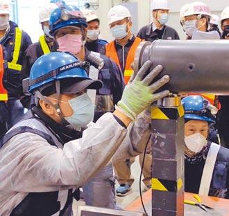 中捷列车轴心升级 首辆测试