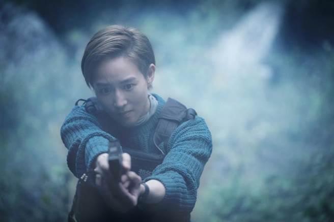 張鈞甯在《緝魂》演短髮女刑警。(威視提供)