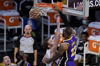 NBA》詹皇領軍上演逆轉秀 湖人射鵜鶘5連勝