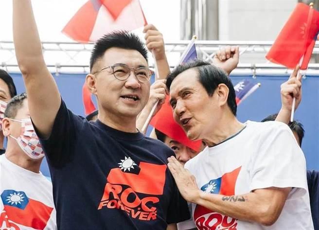 國民黨黨主席江啟臣(左)、前總統馬英九(右)。(圖/本報系資料照)