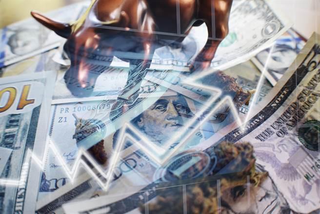 分析師表示,只要資金還在,行情就還在。(示意圖/達志影像/shutterstock)