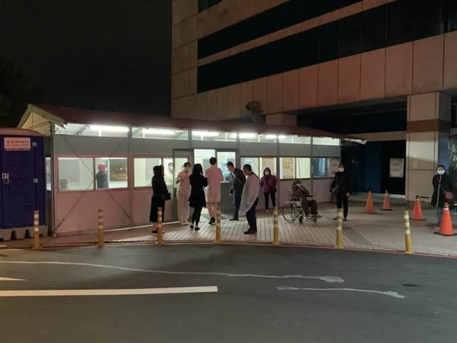 北部醫院院內感染,指揮中心坦言因住院醫師值班人力不足,分艙分流失敗。(資料照)