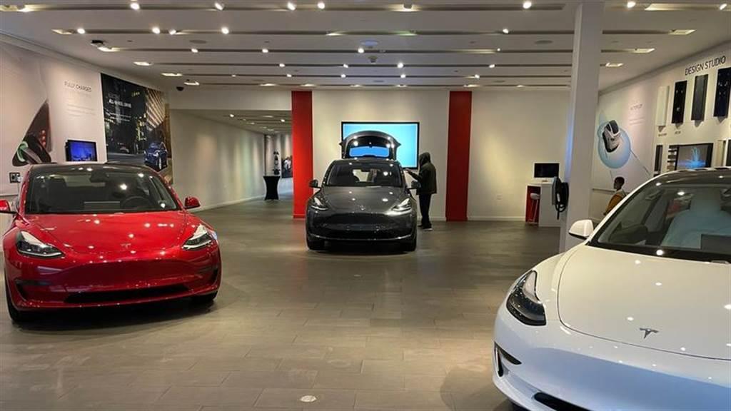 改款呼之欲出!特斯拉下令 Model X/S 庫存車在月底前全數出清