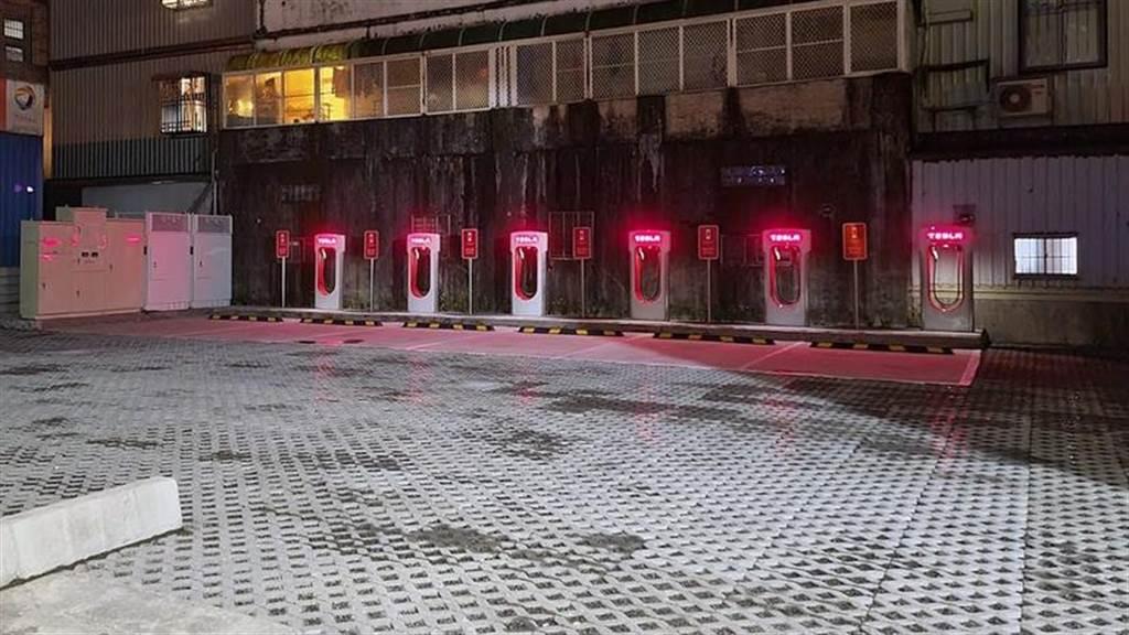 台灣特斯拉正式啟用宜蘭女中路、南港展覽館 2 館 V3 超級充電站