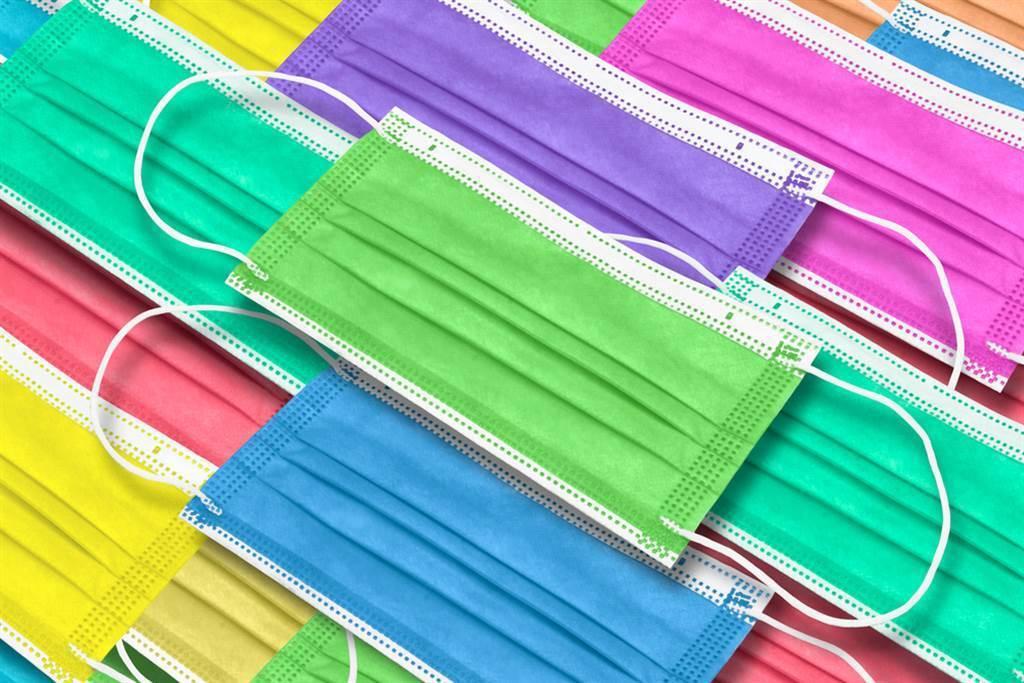 消基會查驗市售彩色口罩,20件口罩有3件含鉛。(示意圖/達志影像)