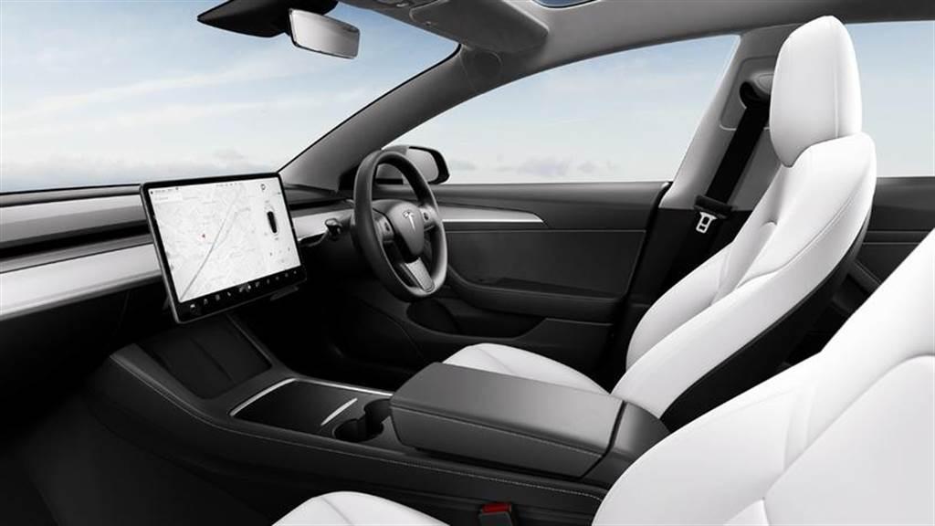 Model 3 新內飾版本開始推送到更多國家,英日紐澳等右駕市場先享