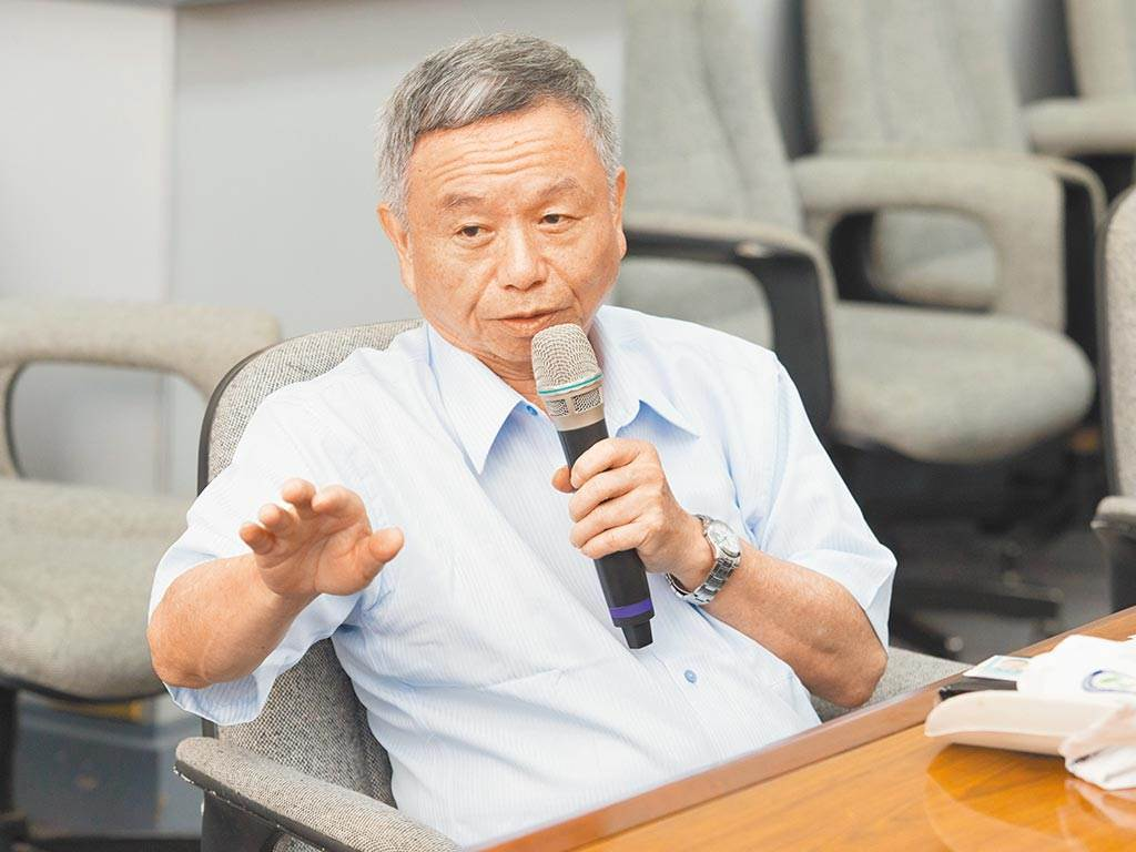 對於院內群聚感染,前衛生署長楊志良認為,最大問題就是醫生沒有按照SOP,甚至說假如他是院長,第一件事情就是開除案838這名染疫醫師。(圖/本報資料照)