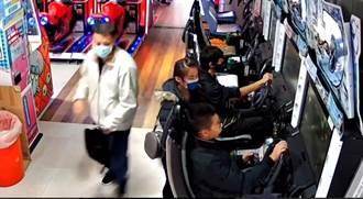 男玩賽車機檯太專注 隨身背包遭竊賊取走還渾然不知