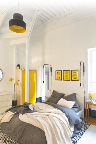 黃灰色調寢飾 妝點新氣象