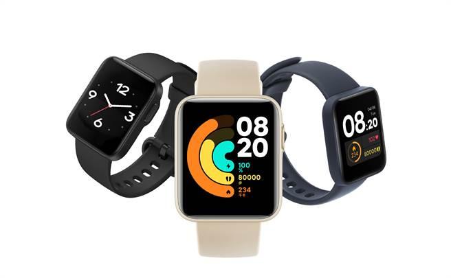 走春必備「小米手錶 超值版」,不僅是展現風格的最佳配件,更化身私人教練助攻達陣新年健康目標。(小米提供/黃慧雯台北傳真)