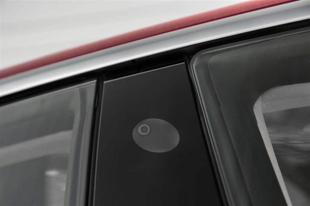 FCC 認證文件洩露天機,Model X、S 可能會支援 UWB 數位車鑰?