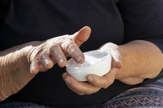 冰箱搜出神秘「白葫蘆」 網一看激推:阿嬤級神藥