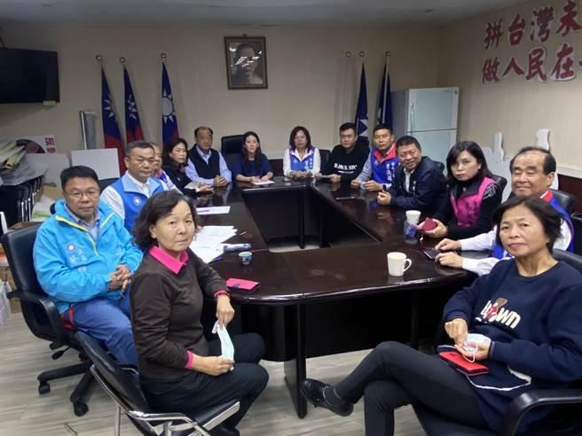 因应莱猪开放进口,台南市议会国民党团召开甲级动员共商对策。(党团提供/洪荣志台南传真)