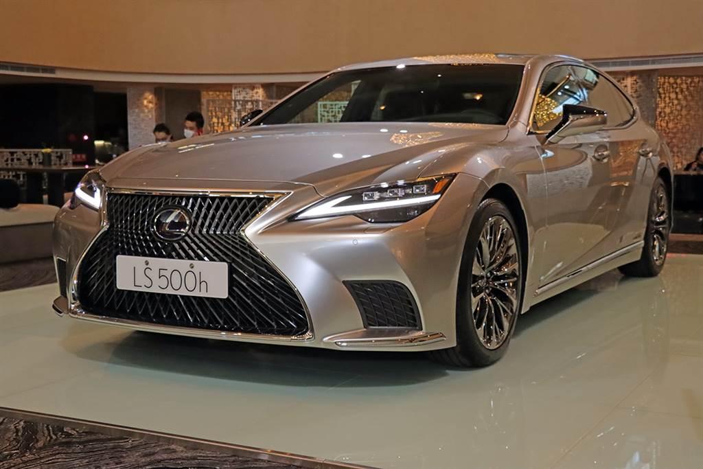 售價 475 萬起單一動力、三種規格,Lexus LS500h 小改款滿載日式傳統工藝在台發售!