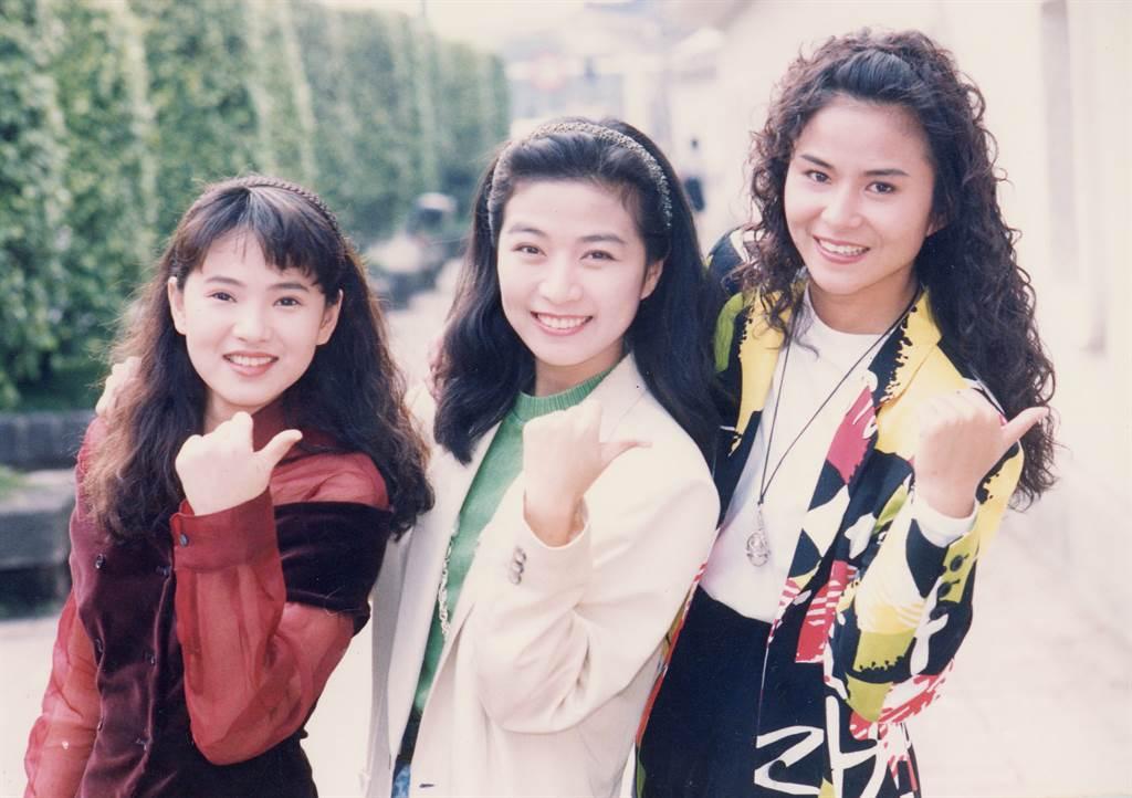方文琳(中)、裘海正(右)、伊能靜共組「飛鷹三姝」。(圖/中時資料照)