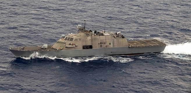 自由級濱海作戰艦,為打擊海盜而專門設計,現在國際海盜情況好轉,定位也變得很尷尬。(圖/美國海軍)