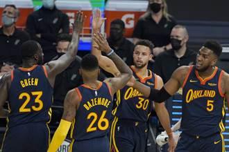 NBA》柯瑞帶動懷斯曼飆分 勇士轟翻馬刺
