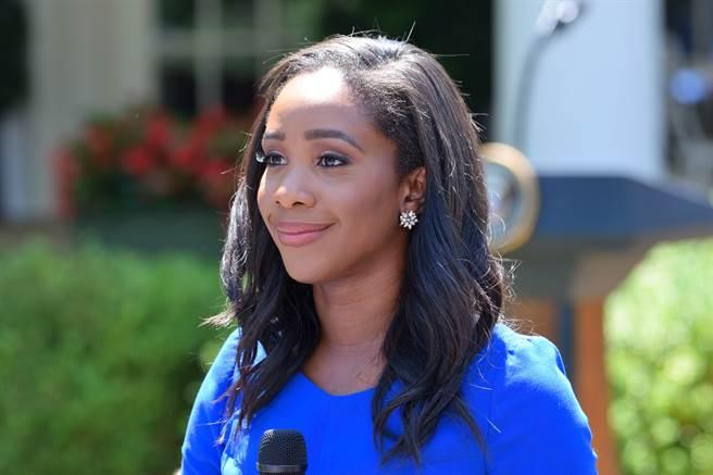 美國有線電視新聞網(CNN)政治記者菲力普(Abby Phillip)。(圖/shutterstock)