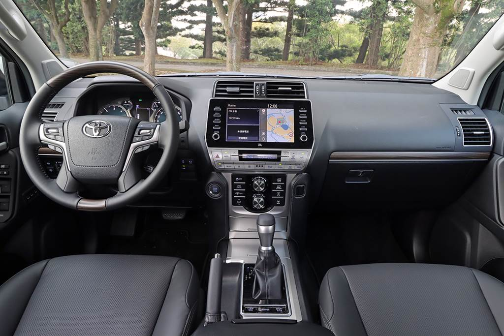 為人類的「移動自由」持續精進,2021 Toyota Land Cruiser Prado 2.8 D4-D 越野旗艦版