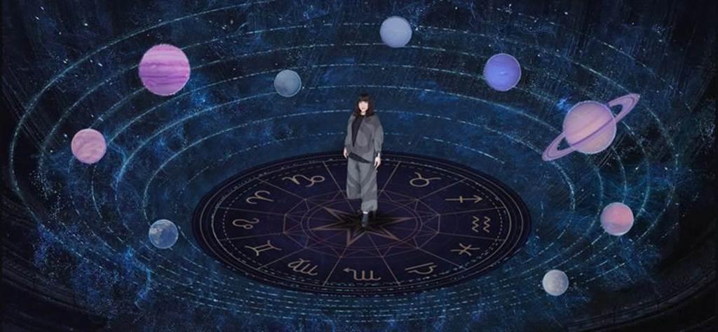 被粉絲譽為「國師」的唐綺陽將舉辦線上虛擬占星講座。圖/大慕影藝提供