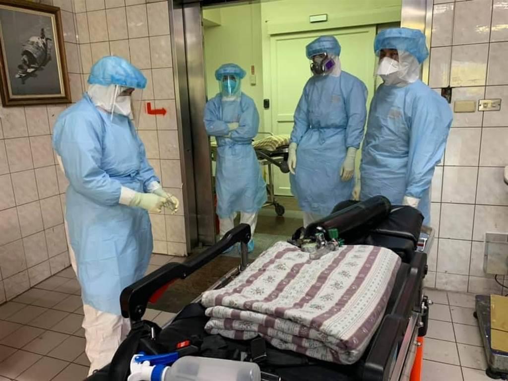 部桃醫護秀最精良裝備,將打出全世界最漂亮的一戰。(圖擷自部立桃園醫院)