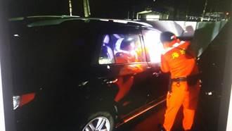 台東連4屆前議員蔡義勇 守靈返家自撞海巡哨所受困不治