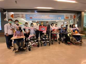 國際扶輪捐贈200萬醫療復健設備 助瑪利亞重障兒
