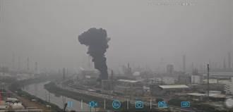 高雄林園亞聚公司排黑煙 造成空汙挨罰153萬