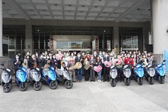 助社工提升行動力 中市慈善團體捐70輛公務機車