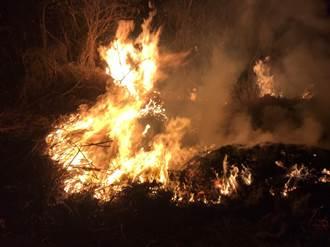 苑裡水利地暗夜火警傳塑味  環保局重返現地驚見廢輪胎