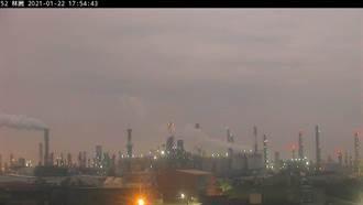 东北风挟带境外污染物  环保署:云嘉南高屏空污亮红警