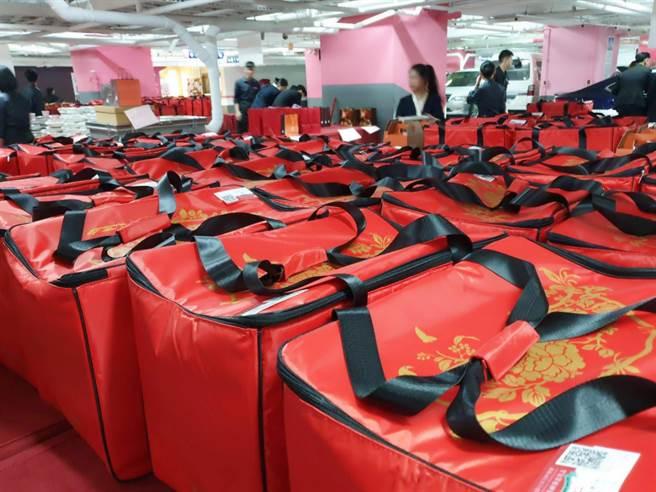 漢來飯店年菜外帶夯,今年較去年同期成長近1倍。(漢來美食提供/柯宗緯高雄傳真)