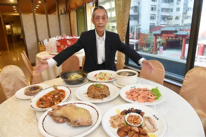 高雄老字號江浙菜館「祥鈺樓」也推出年菜外帶預訂。(柯宗緯攝)