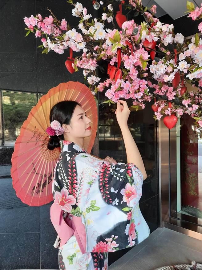 高雄翰品酒店迎春節,推出和服體驗配特色場景。(高雄翰品提供/柯宗緯高雄傳真)