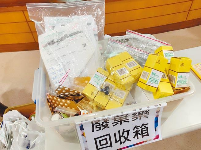 不少老人家將藥品放冰箱,以為可以「保鮮」,高醫藥學部主任王雅玲直呼「母湯(不要)」。(柯宗緯攝)