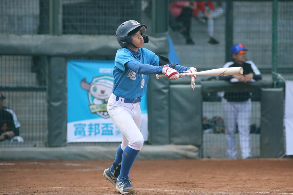 桃園龜山國小邱澤在此屆賽事打擊表現優異。(中華棒協提供)
