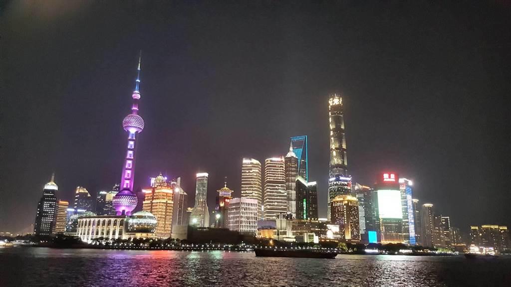 上海2021年GDP增長目標定在6%以上。(葉文義攝)