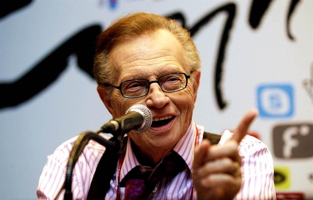 美國傳奇脫口秀主持人賴瑞金(Larry King)23日辭世,享壽87歲。(資料照/美聯社)