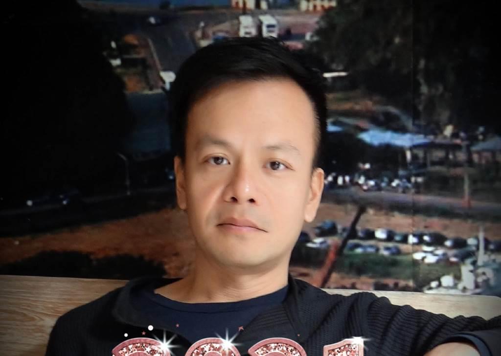 長濱國小校長嚴正雍。(翻攝自臉書)