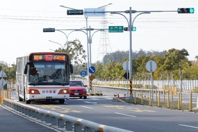 中市157路公車25日起在后神路新設4站, 讓后里區民眾搭車更便利。(台中市交通局提供/陳淑芬台中傳真)