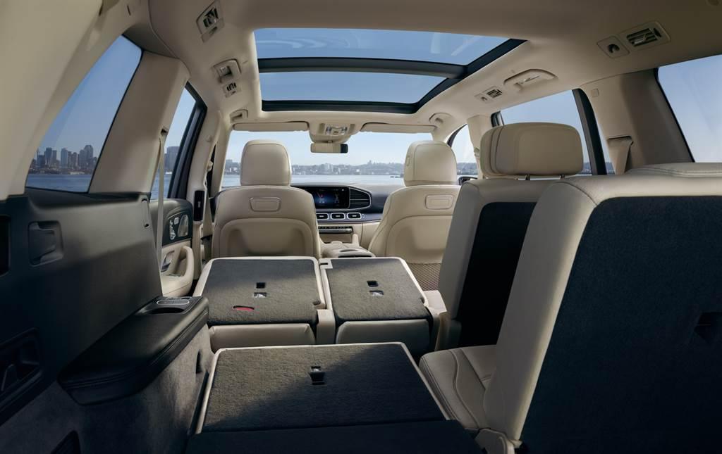 休旅車的 S-Class,Mercedes-Benz GLS 450 4MATIC 495 萬正式上市