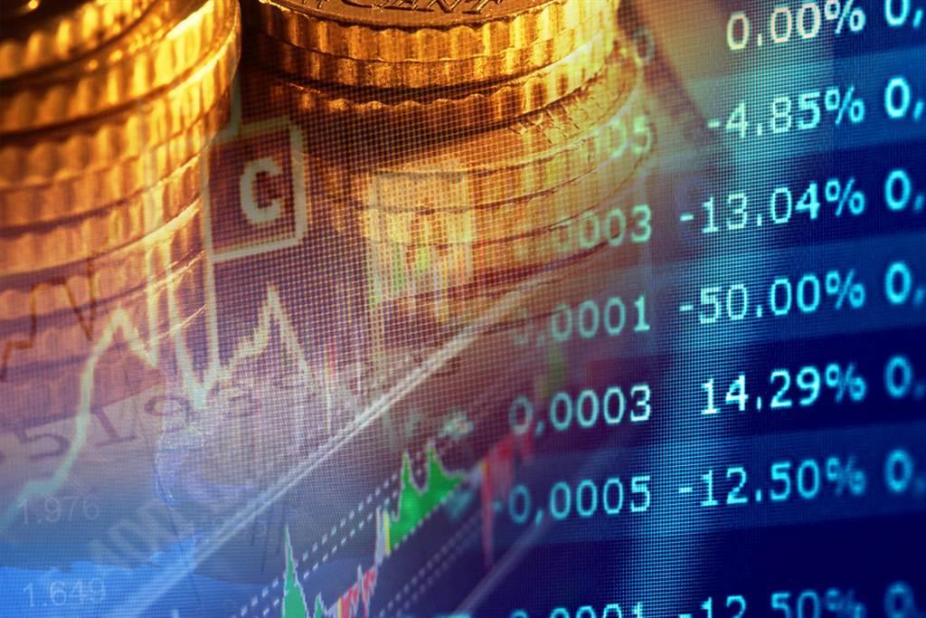 谢金河表示,他比对了2000年以来的原物料价格,发现过去一年全球大印钞票,但通膨还没有在原物料价格上现踪,原来都跑去追逐3大特珠标的了。(示意图/达志影像/shutterstock)