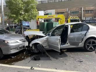 影》新莊BMW駕駛逆向暴衝追撞租車 飛越分隔島再撞2車