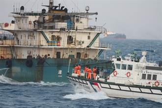 日本媒體:陸船集結馬祖列島盜採海砂