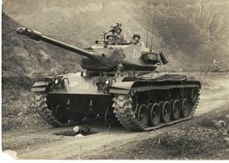 【史話】我家老照片:范金玉1》坦克,從我的頭上駛過