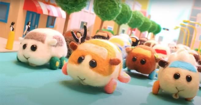 「天竺鼠車車」在日本發行後,迅速於Twitter上爆紅。(截自木棉花Youtube頻道)
