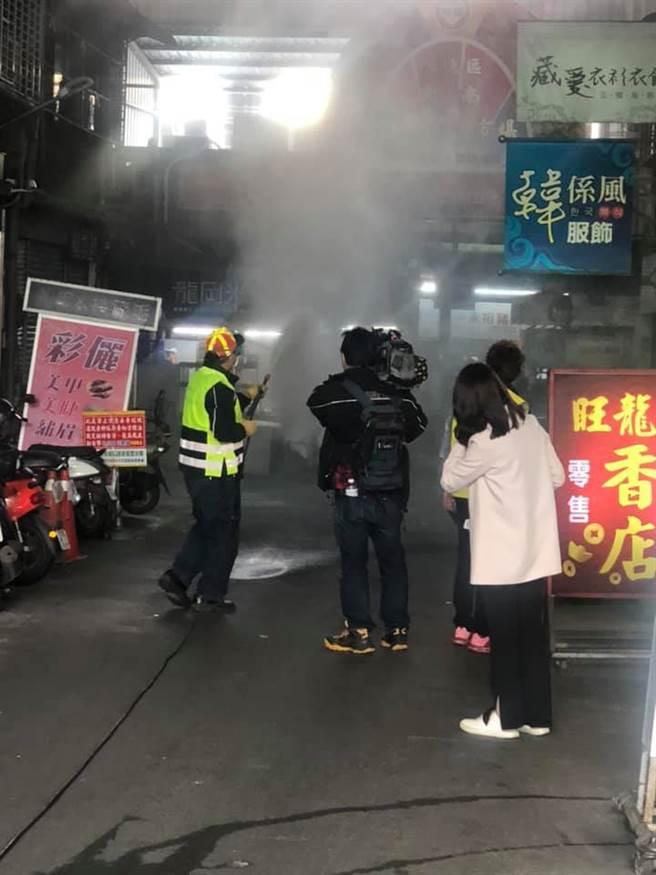 大湳市場今日緊急實施消毒作業。(圖/翻攝自臉書社團記憶八德)