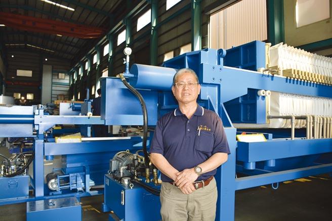元錩總經理蔡篤行表示,元錩專攻國內外廢水設備整廠輸出及提供一條龍服務與解決方案。圖/李水蓮